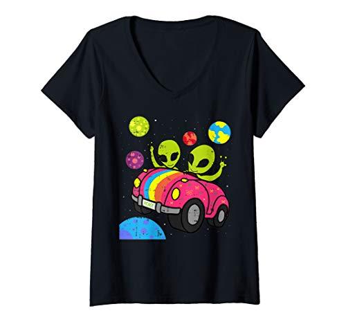 Hipster Halloween Ideas 2019 (Womens Hippie Alien Roadtrip Car Area-51 Halloween Gift T-Shirt V-Neck)