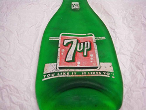 vintage-7-up-soda-flattened-7oz-bottle-bar-cutting-board-or-spoon-rest