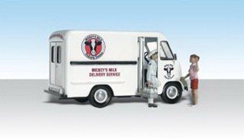 Milk Tanker Trucks - Woodland Scenics N Mickey's Milk Delivery