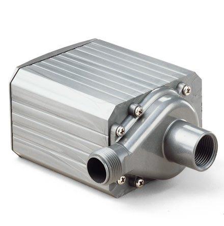 Danner Mag-Drive Supreme 7 700 GPH Water Pump by Danner Mfg.