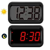KWANWA Battery-Powered Clock, Small Desk Clock with Light Sensor which Automatically Switches Between LED and LCD Display Modes, Digital Shelf Clock for Bedroom and Living Room