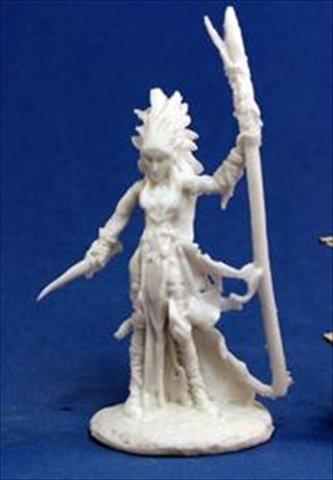 Liela, Dark Elf Wizard (1) Miniature