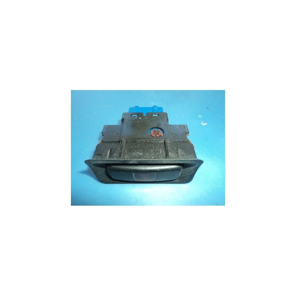 94 HONDA CIVIC INTERIOR DASH HAZARD SWITCH CONTROL 362 M11544