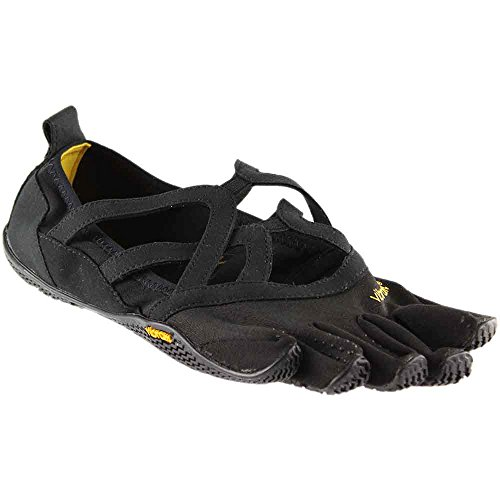 a Loop Fitness Yoga Shoe, Black, 38 EU/6.5-7 M US ()