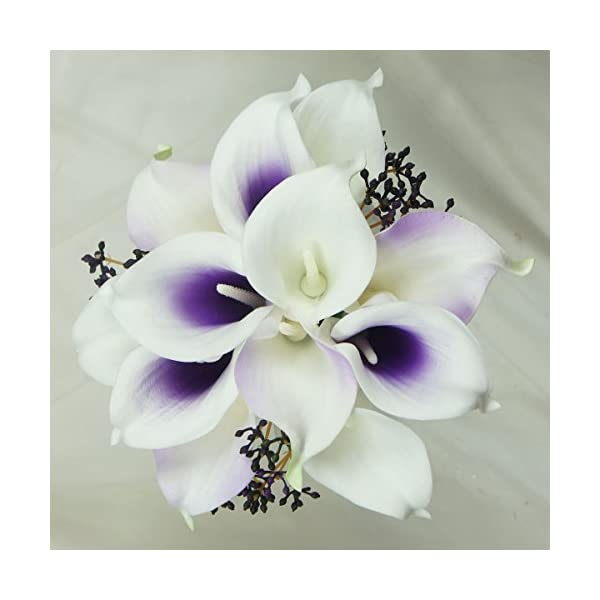 Lily-Garden-Wedding-Floral-Purple-Center-Calla-Lilies-with-Berries