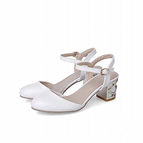 Sandalo Carolbar Donna In Pelle Verniciata Con Fibbia E Sandali Tacco Medio Bianco