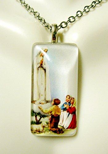 606 Glasses - Our Lady of Fatima glass pendant - GP12-606