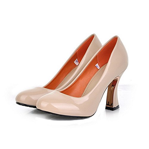 VogueZone009 Womens Closed Round Toe High Heel Patent Leather Solid Pumps Beige ZeOMI0C8j