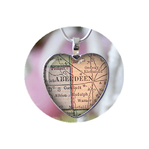 Aberdeen South Dakota Heart Shape Vintage map Necklace., used for sale  Delivered anywhere in Canada