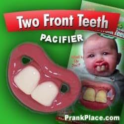 Amazon.com: Dos dientes delanteros chupete: Baby