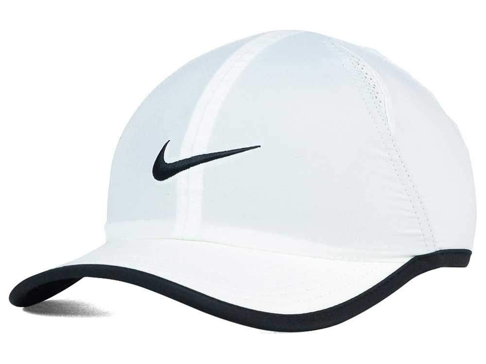 NIKE Boys Toddler Featherlight Cap (2/4T) (White)