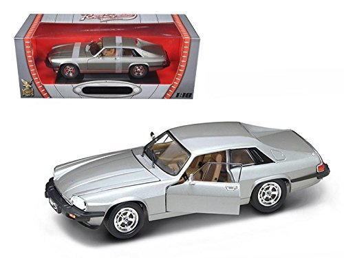 Road Signature 92658 1975 Jaguar XJS Coupe Silver 1/18 Diecast Car - Models Xjs