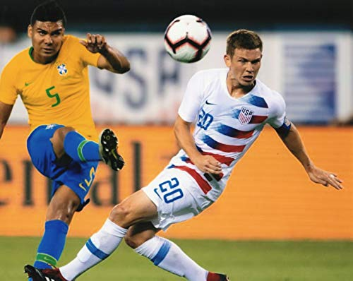 WIL TRAPP MENS USA SOCCER 8X10 SPORTS ACTION PHOTO (QQ)