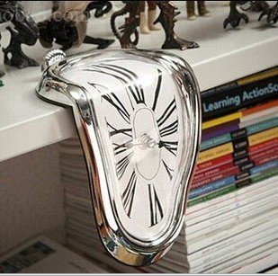 Melting Clock, Decorative & Funny, Salvador Dali Inspired Twisted clock clock Home Furnishing fashion creative clock
