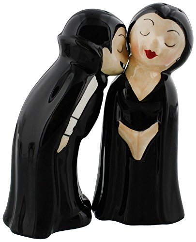 Pacific Giftware Vampire Love at First Bite Magnetic Kissing Ceramic Salt and Pepper Shakers Set]()