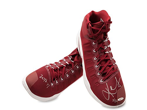 b416ac1c1684 KEVIN LOVE SIGNED   INSCRIBED 2016-17 NIKE HYPERDUNK WINE WINE SWOOSH GAME-WORN  SHOES -L2