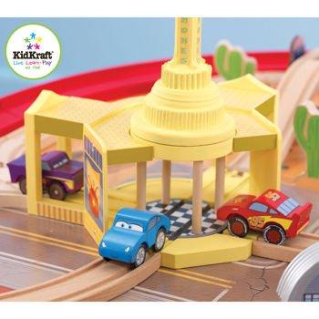 Amazon.com: KidKraft Disney Cars Radiator Springs Race track Set and ...