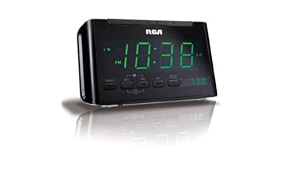 rca rc40 am fm alarm clock radio with large green led display black rh amazon ca