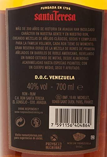 Santa Teresa Ron Oscuro Gran Reserva Gift Pack 2 Vasos - 700 ml