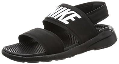 Amazon Com Nike Women S Tanjun Sandal Sandals