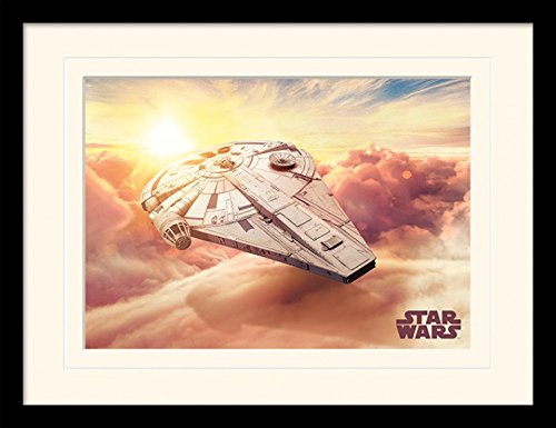 Star Wars Framed Collector Poster - Solo: A Star Wars Story, Millennium Falcon (16 x 12 inches) ()