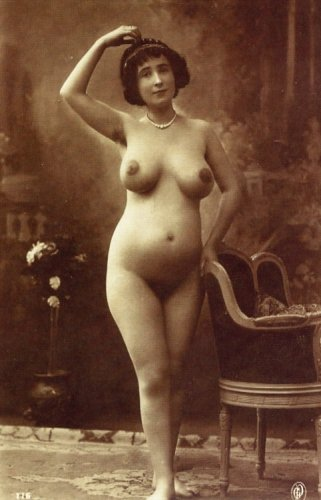 Nude womans pictures