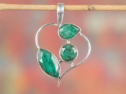 Emerald Pendant 925 Sterling Silver Heart Shape Pendant Three Stone Pendant Baguette Emerald Pendant Gypsy Pendant Hypoallergenic Pendant Green Jewelry One Of A kind Promise Pendant Gift - Solitaire Baguette Shape