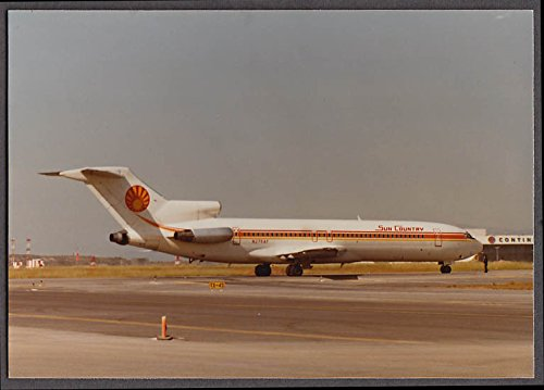Sun Country Airlines Boeing 727 200 N275af Taxiing Airliner Photo