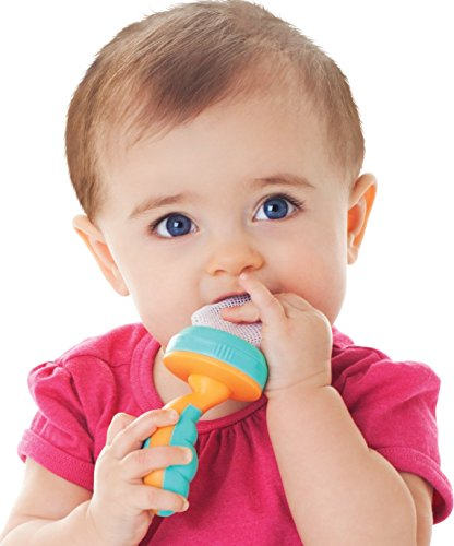 Nuby 2-Pack Nibbler Mesh Feeders, Colors May Vary