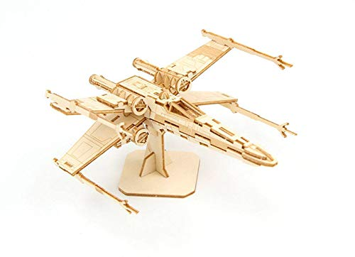 Insight Editions Star Wars X-Wing 3D Wood Model & Booklet Standard ()
