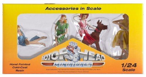 - Motorhead Miniatures 24th Scale  Vintage Vixens #1 Set of 4 859