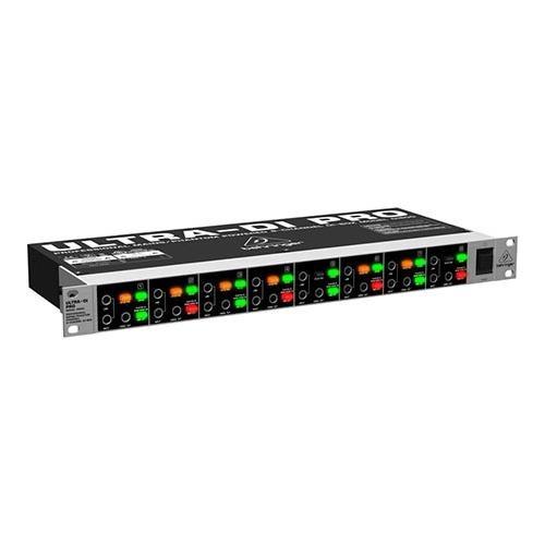 Behringer Ultra-DI Pro DI800 Professional Mains/Phantom Powered 8-Channel DI-Box ()