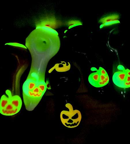 SIGNPIP Halloween Pumpkin Luminous G-Lass 4-inch Exquisite Pipe (Random Color)