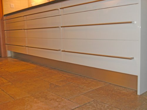 Ordinaire Kitchen Stainless Steel Kickboard, Kick Board, Plinth Or Toe Board, In  140mm Or 150mm (150mm High): Amazon.co.uk: Kitchen U0026 Home