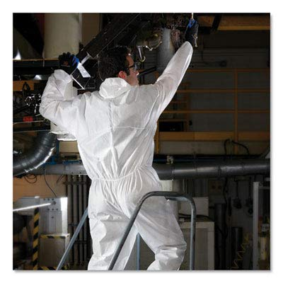 Kleenguard A30 Breathable Splash and Particle Protection Coveralls (46115), REFLEX Design, Hood, Zip Front, Elastic Wrists & Ankles (EWA), White, 2XL, 25 / Case by Kimberly-Clark Professional (Image #5)