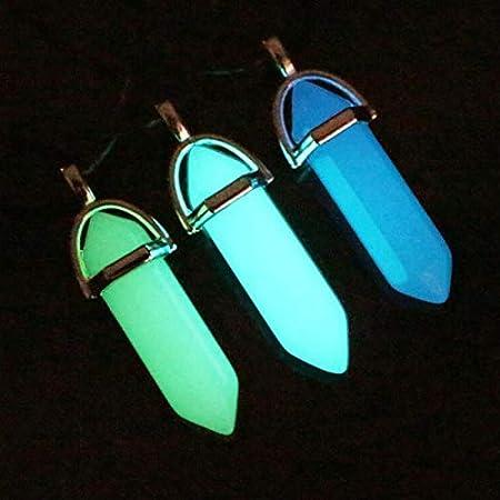 VPlus - Collar con colgante de piedra lunar hexagonal luminosa fluorescente luminosa de cristal Kida, collar con gema de cristal que brilla en la oscuridad (color al azar)