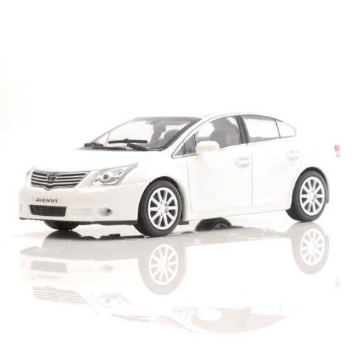 ミニチャンプス 1/43 トヨタ アベンシス セダン ホワイト 2009 750台限定 B003L760JE