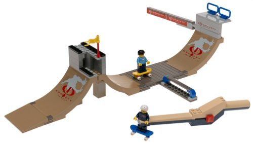 (LEGO Sports Gravity Games: Skateboard Vert Park Challenge)
