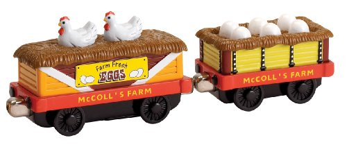 Cars Farm Chicken - Learning Curve Brands Take Along Thomas and Friends - Farmer McColl's Chicken Cars - Pack of 2