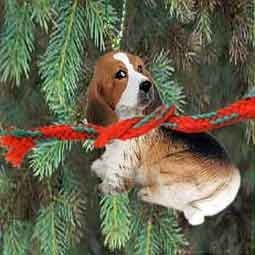 1 X Basset Hound Miniature Dog Ornament