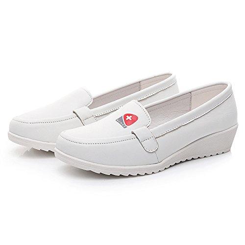 Shenn Womens Comfort Lichtgewicht Slip Op Lederen Verpleegsters Schoenen Wit