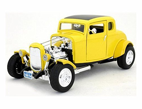 - 1932 Ford Coupe, Yellow With Black Roof - Motormax 73172 - 1/18 Scale Diecast Model Car