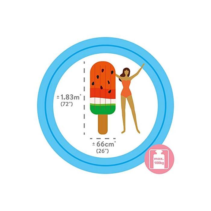 41YyT9n QPL Helado de sandía hinchable Intex con diseño de impresión fotorrealista; medidas: 76 cm (ancho) x 191 cm (altura) Colchoneta fabricada en vinilo con grosor de 0.30 mm y extra resistente al cloro y al agua salada Soporta un peso máximo de 100 kg (1 persona); edad recomendada: a partir de 14 años
