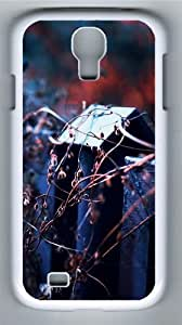 Autumn Dry Plants Fence Polycarbonate Hard Case Cover for Samsung Galaxy S4/Samsung Galaxy I9500 White