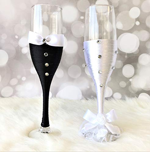 (Abbie Home Bride and Groom Wedding Champagne Toasting Flute Anniversary Glasses with Silk Bow Tie and White Lace Trim Rhinestone Décor, Set of 2 (TG9012))