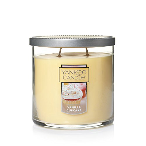Yankee Candle Medium 2-Wick Tumbler Candle, Vanilla Cupcake