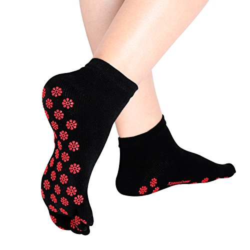 Matymats Women's Non Slip Full 5 Toe Socks for Yoga Pilates Barre,047-black + Red,1 size