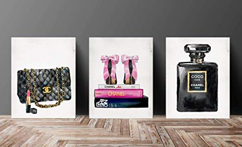 Set Wall Fashion Glam Art Poster Print Designer Brand (Coco Channel Makeup)