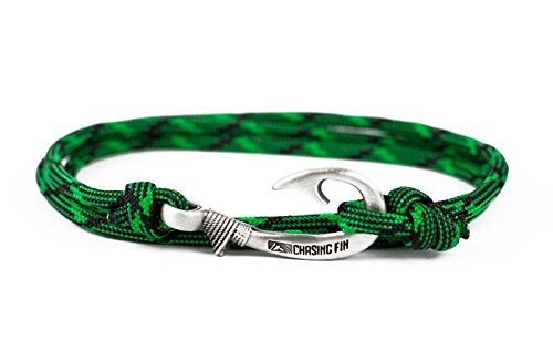 Adjustable Bait (Chasing Fin Adjustable Bracelet 550 Military Paracord with Fish Hook Pendant (Gator Bait))