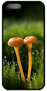 Two Small Mushrooms PC Case Cover for iPhone 4 and iPhone 4s - Black